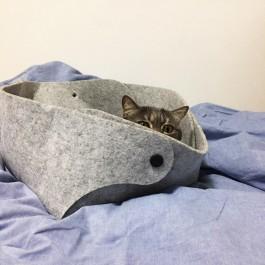 미우미우 펠트바스켓 자리는 '닝겐의 침대'